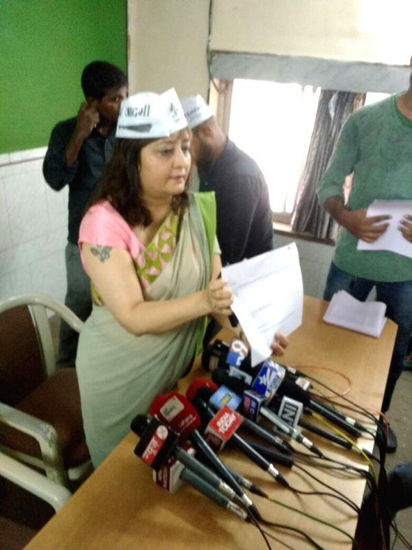 Aam Aadmi Party (AAP) spokesperson Priti Sharma-Menon addresses a press conference regarding Dawood Ibrahim's call logs in Mumbai on May 21, 2016. - Priti Sharma-Menon
