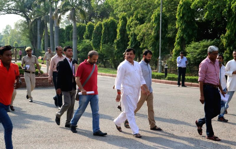 AAP leaders Ashutosh, Sanjay Singh, Dilip Pandey and Ashish Khetan arrive at Delhi university to meet Vice Chancellor Yogesh Tyagi in New Delhi, on May 10, 2016. - Sanjay Singh and Dilip Pandey