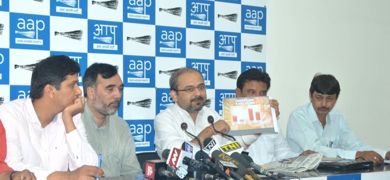 AAP leaders Dilip Pandey, Gopal Rai and Saurabh Bhardwaj address a press conference in New Delhi on June 1., 2017. - Dilip Pandey, Gopal Rai and Saurabh Bhardwaj