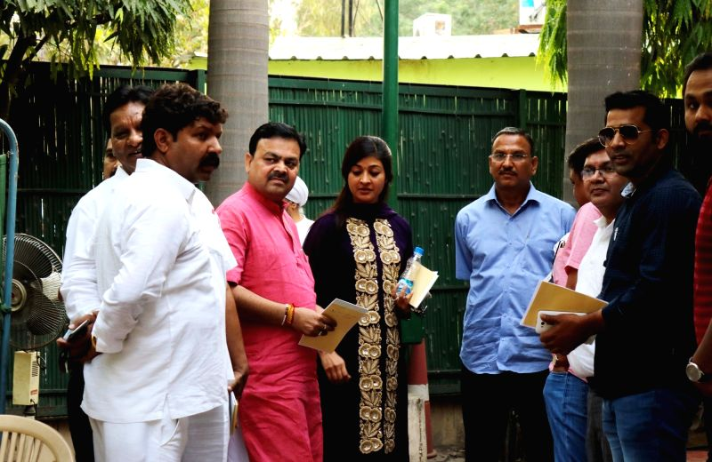 AAP MLA Alka Lamba arrives at Delhi Chief Minister Arvind Kejriwal's residence during a MLAs meeting, in New Delhi on May 6, 2017. - Arvind Kejriwal