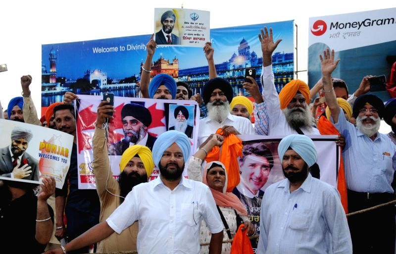 Activists of Sikh radical groups including Sikh Youth Federation Bhinderanwala, Shiromani Akali Dal (Amritsar) welcome Canadian Defence Minister Harjit Singh Sajjan at Sri Guru Ramdas ... - Harjit Singh Sajjan