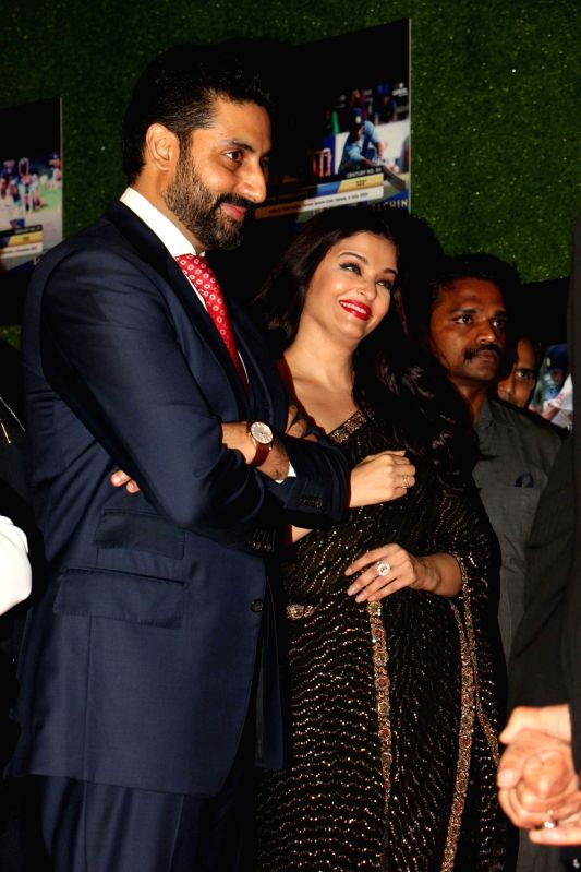 Actor Abhishek Bachchan with his wife and actress Aishwarya Rai Bachchan during the premiere of film Sachin: A Billion Dreams in Mumbai, on May 24, 2017. - Abhishek Bachchan and Aishwarya Rai Bachchan