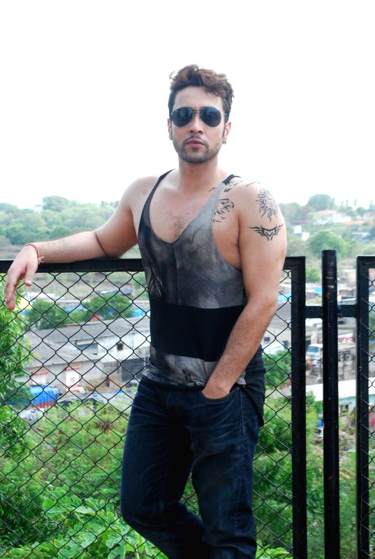 Actor Adhyayan Suman during the on location shoot of the film Ishq Click in Mumbai on June 24, 2014. - Adhyayan Suman