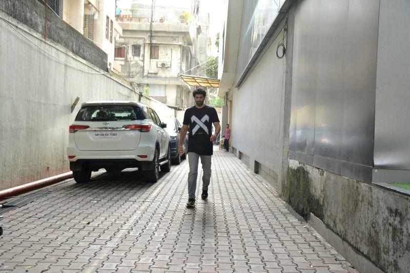 Actor Aditya Roy Kapur seen at Mumbai's Bandra on July 30, 2018. - Aditya Roy Kapur