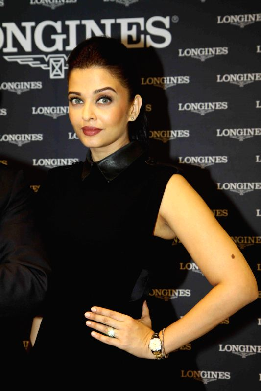 Actor Aishwarya Rai Bachchan during the inaugurates new Longines Boutique in Mumbai, on Dec 4, 2014. - Aishwarya Rai Bachchan