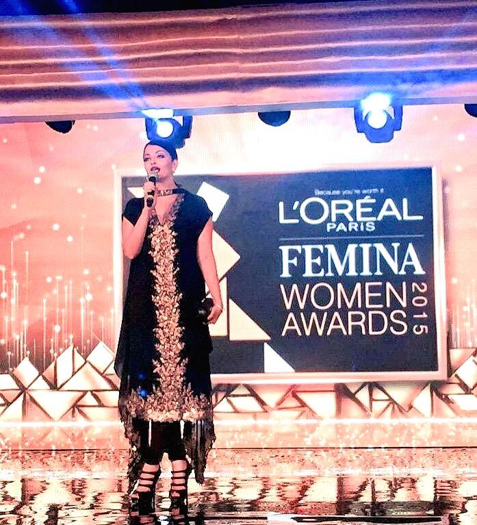 Actor Aishwarya Rai Bachchan during the L'Oreal Paris Femina Women Awards 2015 in Mumbai, on March 23, 2015. - Aishwarya Rai Bachchan