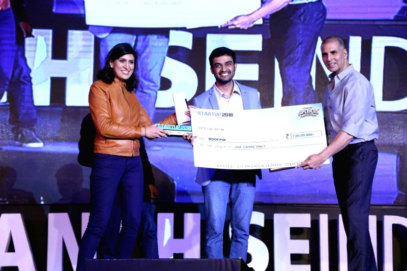 Actor Akshay Kumar during a start-up carnival organised at IIT Delhi on Jan 22, 2018. - Akshay Kumar