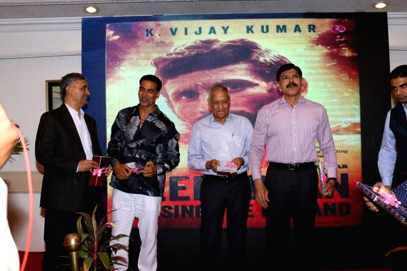 Actor Akshay Kumar during the launch of a book written by IPS officer K. Vijay Kumar on executed bandit Veerappan in Mumbai on April 19, 2017. - Akshay Kumar and K. Vijay Kumar