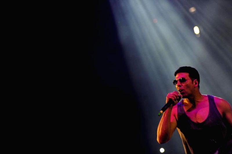 Actor Akshay Kumar performs during the inaugural function of World  Kabaddi  League at O2 Arena in London, United Kingdom on Aug 10, 2014. - Akshay Kumar
