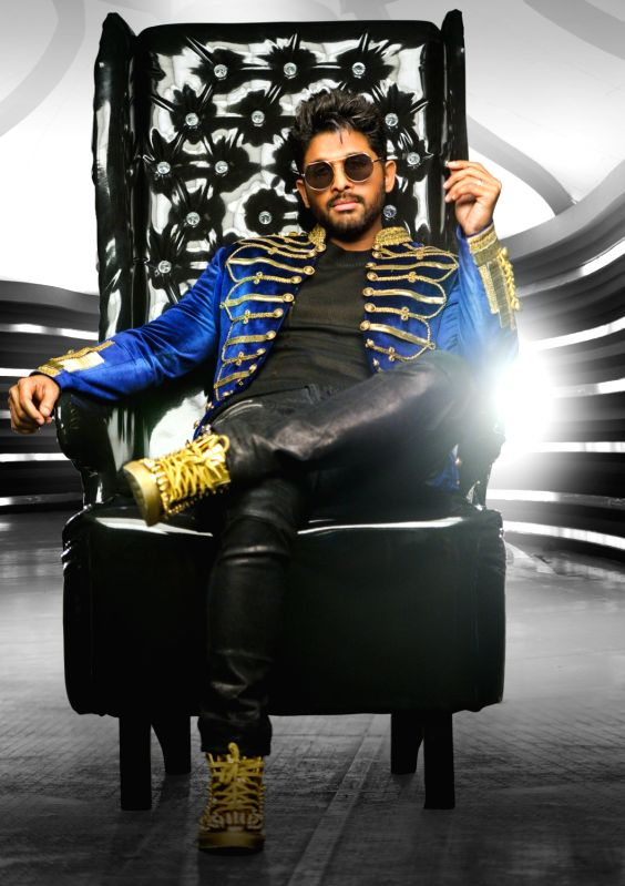 "Actor Allu Arjun's sills from Telugu upcoming film ""Arjun Duvvada Jagannadham"" (DJ). - Allu Arju"
