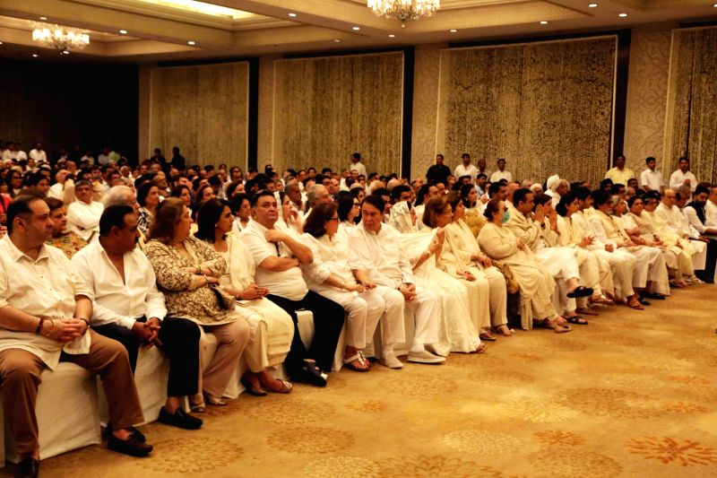 Actor Amitabh Bachchan, Abhishek Bachchan, Jaya Bachchan, Shweta Bachchan-Nanda, Escorts Group Managing Director Nikhil Nanda, Ritu Nanda, Navya Naveli Nanda, Agstya Nanda and others at ... - Amitabh Bachchan, Abhishek Bachchan, Jaya Bachchan and Shweta Bachchan