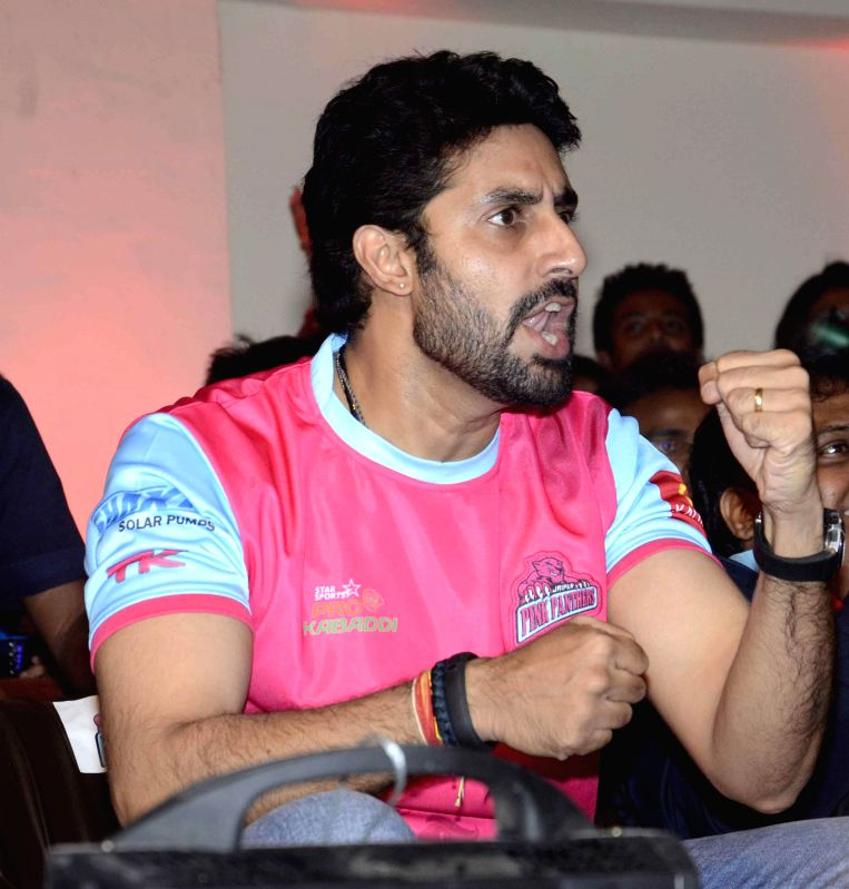 Actor and owner of Jaipur Pink Panthers, Abhishek Bachchan during a Pro Kabaddi League match between Jaipur Pink Panthers and Bengal Warriors at Patliputra Indoor Stadium in Patna on Aug 10, 2014. ... - Abhishek Bachchan