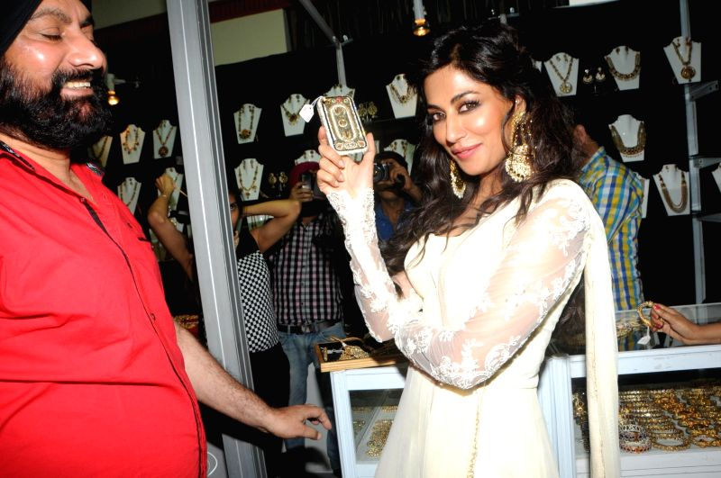 Actor Chitrangada Singh inaugurates Glamour, the High End Jewellery Exhibition at Hotel JW Marriott in Mumbai, on July 4, 2014.