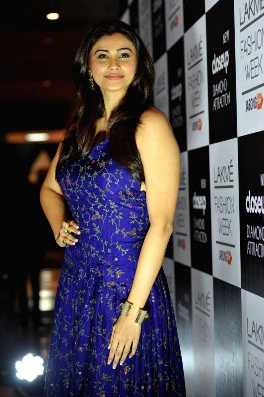 Actor Daisy Shah during the Lakme Fashion Week (LFW) Winter/ Festive 2014 in Mumbai, on Aug. 21, 2014. - Daisy Shah