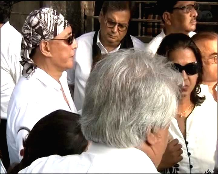 Actor Danny Denzongpa and Filmmaker Subhash Ghai at the funeral of veteran actor Vinod Khanna, who died in a Mumbai hospital after a prolonged illness on April 27, 2017. - Danny Denzongpa and Vinod Khanna