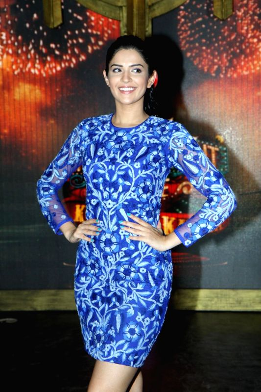 Actor Deeksha Seth on the sets of Entertainment Ke Liye Kuch Bhi Karega to promote upcoming film Lekar Hum Deewana Dil in Mumbai on June 30, 2014. - Deeksha Seth