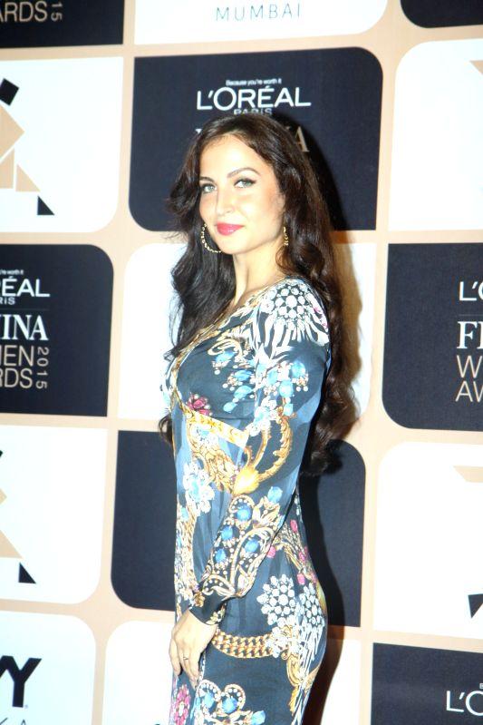 Actor Elli Avram during the L'Oreal Paris Femina Women Awards 2015 in Mumbai, on March 23, 2015. - Elli Avram