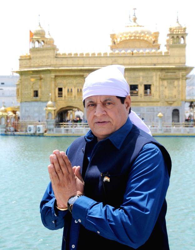 Actor Gajendra Chauhan pays obeisance at the Golden Temple in Amritsar, on April 16, 2018. - Gajendra Chauhan