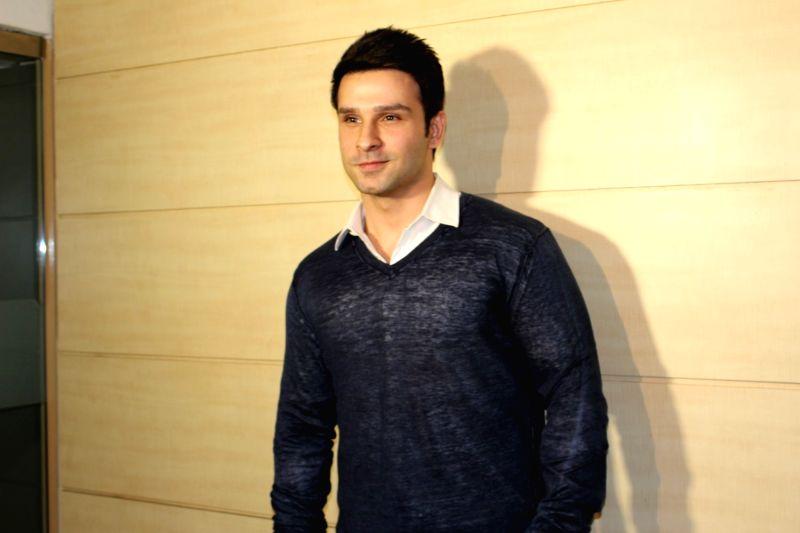 Actor Girish Kumar Taurani during  the teaser launch of film Loveshhuda in Mumbai  on Dec 3, 2015. - Girish Kumar Taurani