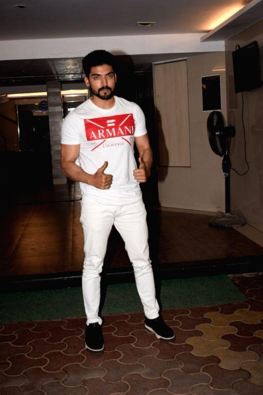 "Actor Gurmeet Choudhary at the wrap up party of film ""Paltan"" hosted by actor Sonu Sood in Mumbai on Jan 29, 2018. - Gurmeet Choudhary"