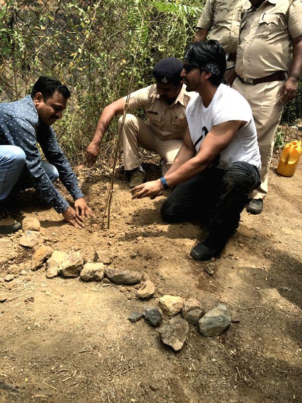 Actor Harshvardhan Rane - Harshvardhan Rane