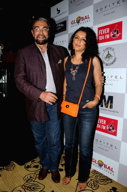 Actor Kabir Bedi along with his wife Parveen Dusanj during the Medha Jalota's birthday party in Mumbai on June 25, 2014. - Kabir Bedi