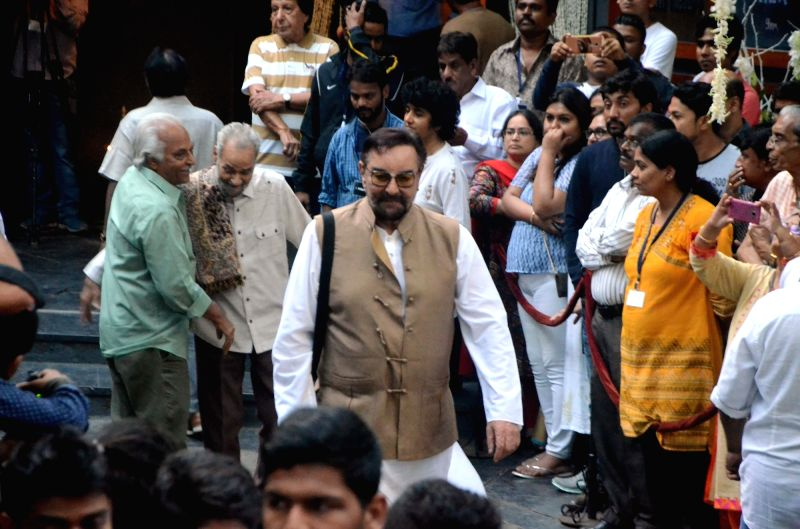 Shashi Kapoor's condolence meet - Kabir Bedi and Shashi Kapoor