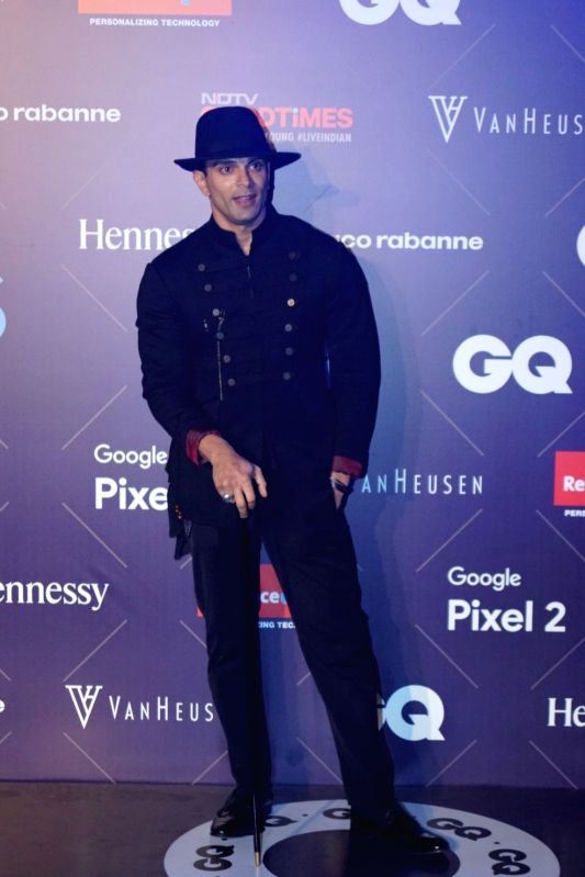 Van Heusen + GQ Fashion Nights 2017 - Karan Singh Grover - Karan Singh Grover