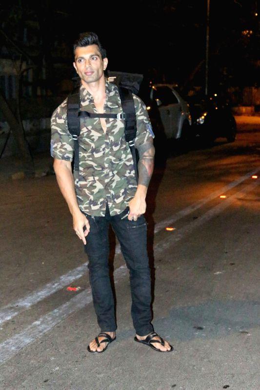Actor Karan Singh Grover seen at  Mumbai's Bandra on May 15, 2018. - Karan Singh Grover