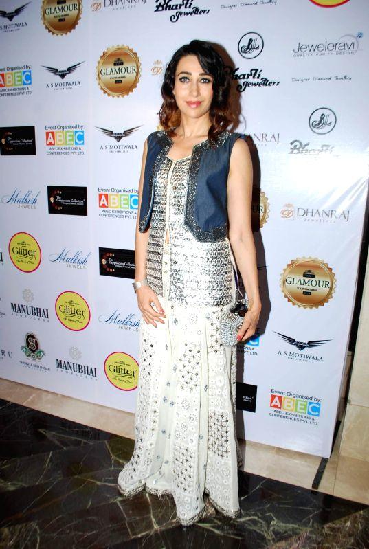 Actor Karisma Kapoor inaugurates Glamour Jewellery Exhibition 2014 at Palladium Hotel in Mumbai on Friday, June 20, 2014.