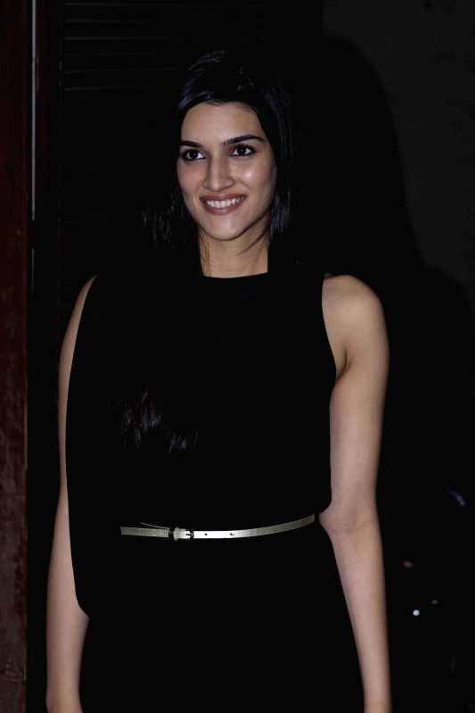 Actor Kriti Sanon during the birthday party of Fashion designer Manish Malhotra in Mumbai, on Dec 6, 2014. - Kriti Sanon