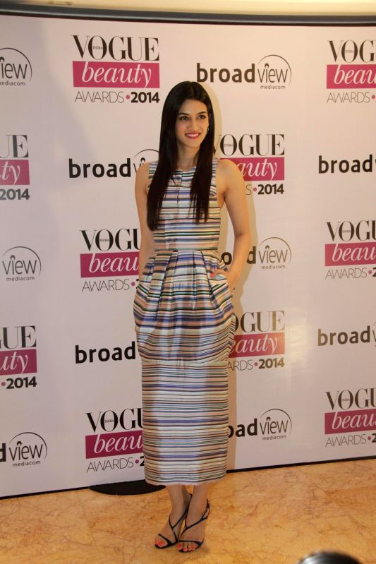 Actor Kriti Sanon during the Vogue Beauty Awards 2014, in Mumbai on July 22, 2014. - Kriti Sanon