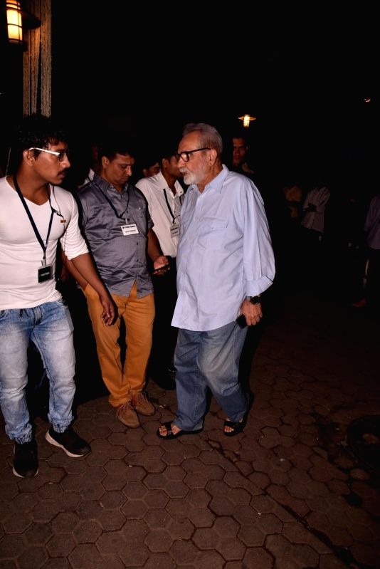 Shashi Kapoor's condolence meet - Kulbhushan Kharbanda and Shashi Kapoor