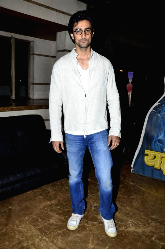 Actor Kunal Kapoor during the Osians preview exhibition of vintage film items in Mumbai, on Aug 22, 2014. - Kunal Kapoor