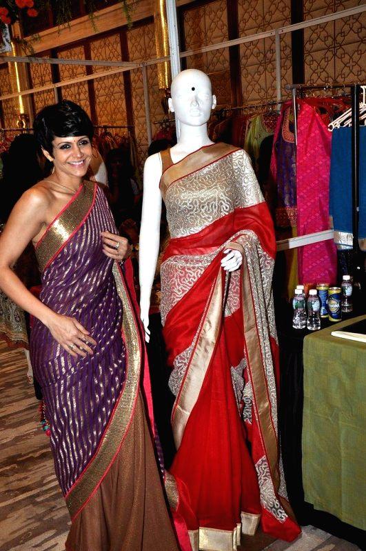 Actor Mandira Bedi at Mana Shetty`s Araaish Exhibition, in Mumbai, on Aug. 26, 2014. - Mandira Bedi