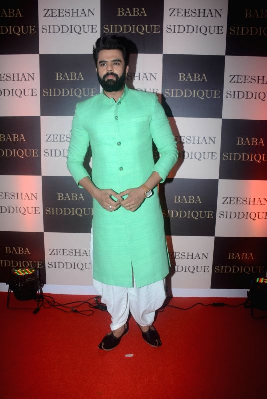 Actor Manish Paul at politician Baba Siddique's iftar party in Mumbai on June 10, 2018. - Manish Paul