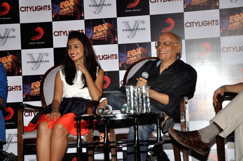 Actor Patralekha and filmmaker Mahesh Bhatt during the footage screening of film Citylights in Mumbai, on May 5, 2014. - Patralekha