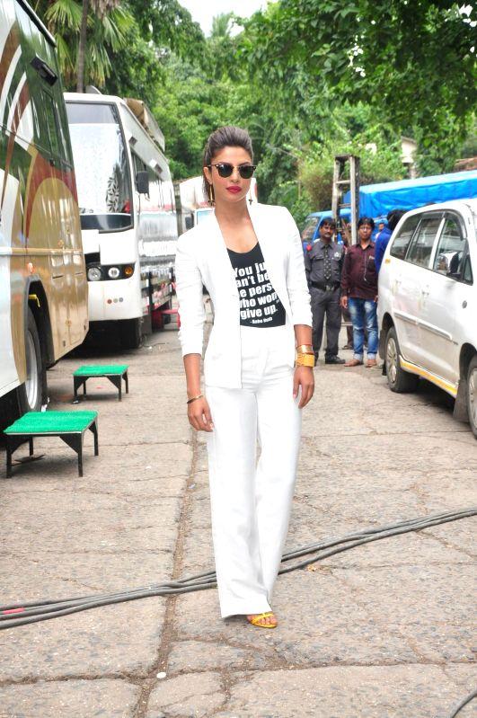 Actor Priyanka Chopra on the sets of Jhalak Dikhhla Jaa 7 during the promotion of film Mary Kom, in Mumbai, on Aug. 19, 2014. - Priyanka Chopra