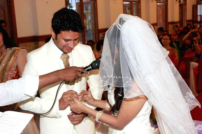 Actor Raja marriage took place at Chennai, Nugambakam Church with Amrita Vincent on 25th April-2014 evening.