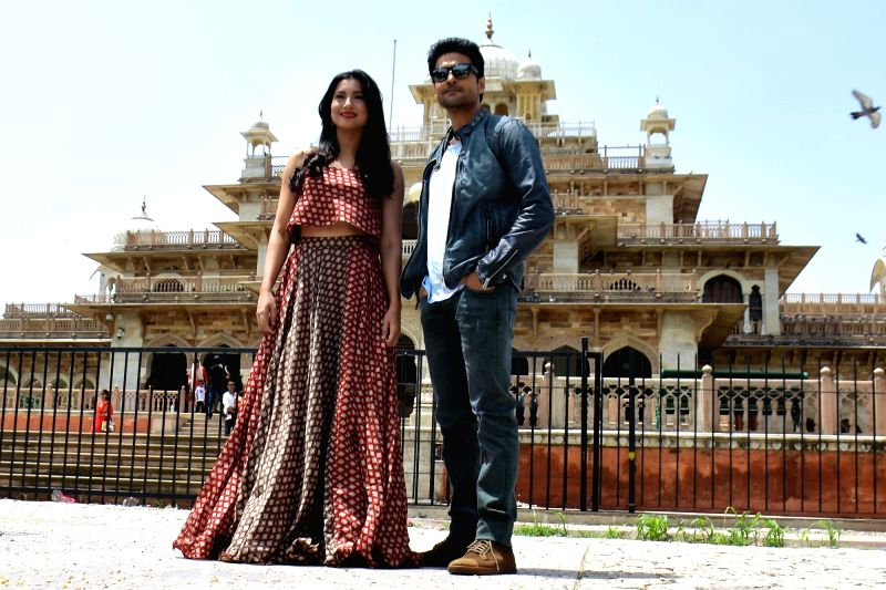 "Actor Rajeev Khandelwal and Gauhar Khan during the promotion of their upcoming film ""Fever"" in Jaipur, on July 21, 2016. - Rajeev Khandelwal and Gauhar Khan"