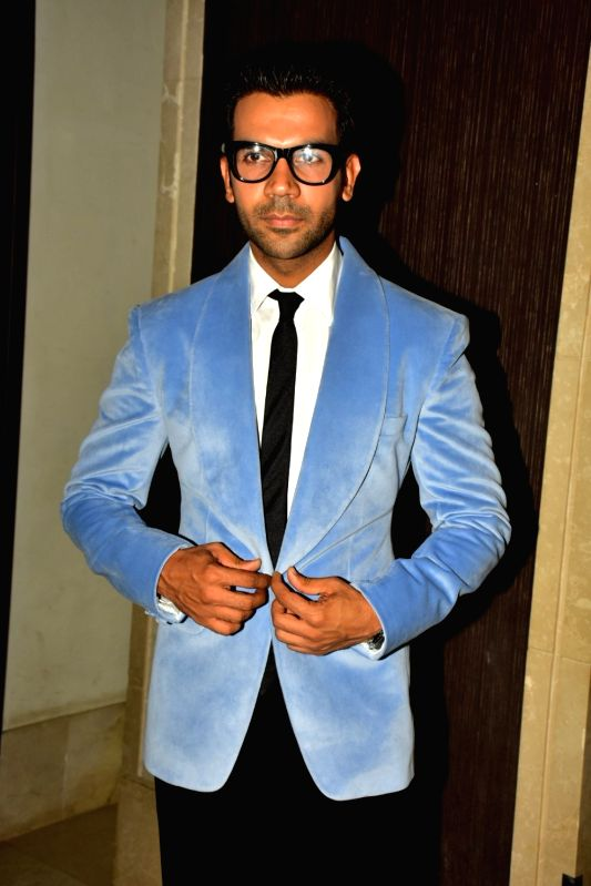 Image result for hello hall of fame awards 2018 Rajkummar Rao image