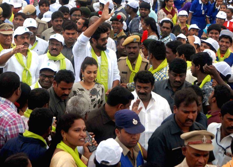 Actor Rana Daggubati and Telangana MLA Srinivas Yadav during tree plantation drive Yousufguda police line in Hyderabad on Aug 5, 2017. - Rana Daggubati and Srinivas Yadav