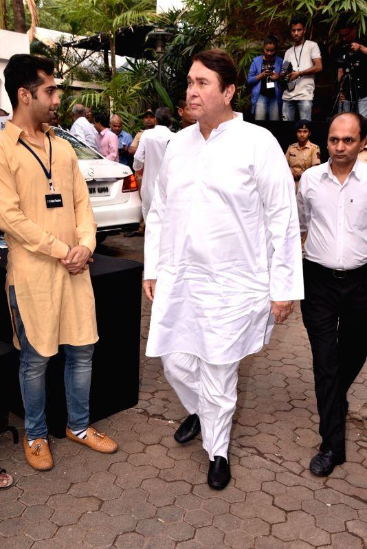 Shashi Kapoor's condolence meet - Randhir Kapoor and Shashi Kapoor