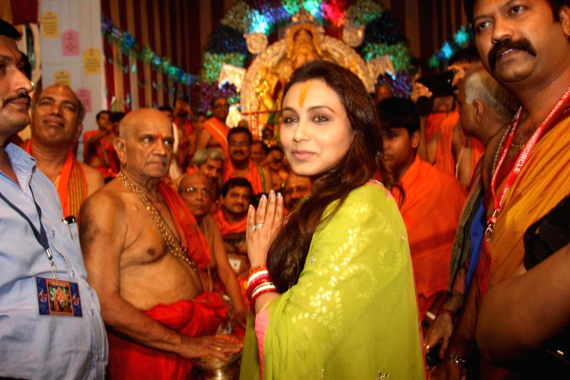 Actor Rani Mukerji offer prayers at GSB Seva Mandal in Mumbai, on Sep. 01, 2014.