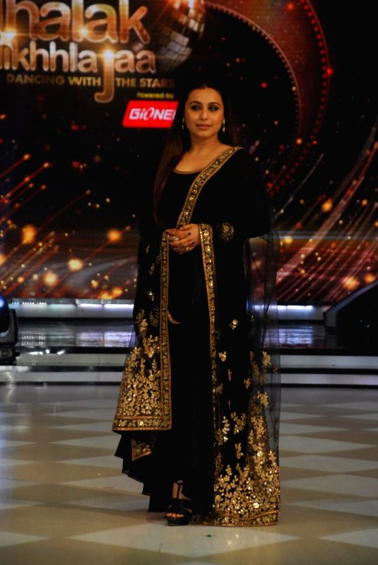 Actor Rani Mukerji on the sets of Jhalak Dikhhla Jaa 7 during the promotion of film Mardaani in Mumbai on July 22, 2014. (Photo : IANS) - Rani Mukerji
