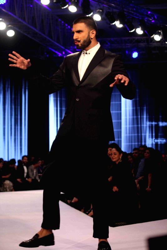 Actor Ranveer Singh during the Van Heusen GQ Fashion Nights 2015 Day 2 in Mumbai on Dec 2, 2015. - Ranveer Singh