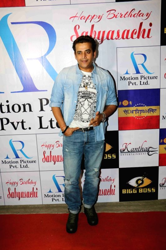 Actor Ravi Kishan at the Bigg Boss 11 contestant  Sabyasachi Satpathy's birthday party in Mumbai on Jan 28, 2018. - Ravi Kishan