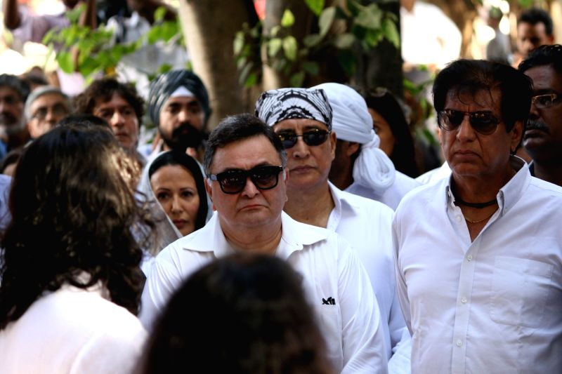 Actor Rishi Kapoor at the funeral of veteran actor Vinod Khanna, who died in a Mumbai hospital after a prolonged illness on April 27, 2017. - Rishi Kapoor and Vinod Khanna