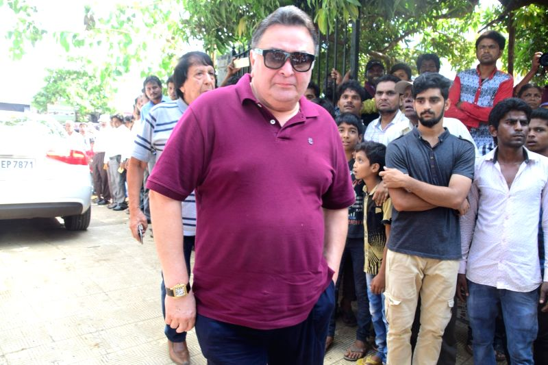 Actor Rishi Kapoor during the funeral of actress Reema Lagoo in Mumbai, on May 18, 2017. Reema died following a cardiac arrest at the Kokilaben Dhirubhai Ambani Hospital. - Rishi Kapoor