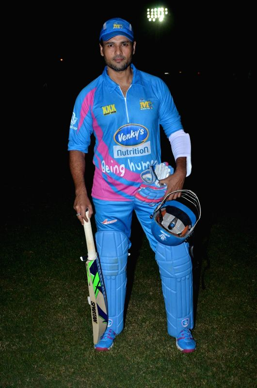Actor Rohit Roy during the Corporate Cricket Match Season 2, in Mumbai, on Oct 26, 2015. - Rohit Roy